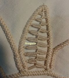MACRAME' RUMENO : New! Ricamo Foglia (Felce) Crochet Cactus, Freeform Crochet, Irish Crochet, Crochet Motif, Crochet Lace, Crochet Patterns, Needle Lace, Bobbin Lace, Lace Embroidery