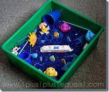 How-to for sensory bins and montessori sensory activities Sensory Tubs, Sensory Activities Toddlers, Sensory Boxes, Sensory Play, Montessori Activities, Preschool Learning, Preschool Activities, Underwater Theme, Discovery Bottles