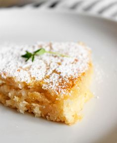 This Moist Lemon Coconut Cake seriously just melts in your mouth. It has a wonderfully dense and creamy texture and slightly crispy golden edges. Vegan Dessert Recipes, Vegan Sweets, Cooking Recipes, Cake Recipes, Lemon And Coconut Cake, Coconut Cakes, Lemon Cakes, Vegan Cake, Vegan Coconut Cake