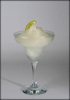Margarita Cocktail Drinks, Cocktails, Tequila, Cl, Margarita, Tableware, Glass, Craft Cocktails, Dinnerware