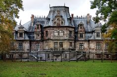 """Forgotten"" Palace, view from the garden 
