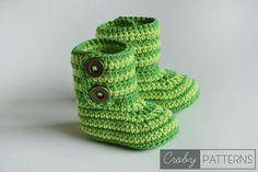 Free pattern! Crochet baby bottles or slippers. #crochet #baby