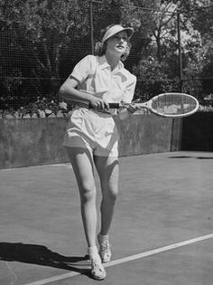 What Do Diana Ross, Catherine Deneuve, and Grace Kelly Have in Common   Great Tennis Style 221512e17c
