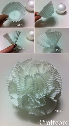 Cupcake Liner Pom Pom Tutorial for Wedding Centerpieces (paper pom poms centerpieces) Cupcake Liner Crafts, Cupcake Liner Flowers, Cupcake Liners, Paper Flowers Diy, Diy Paper, Paper Crafts, Diy Crafts, Pom Pom Centerpieces, Wedding Centerpieces