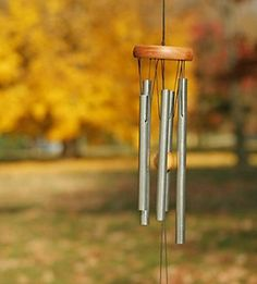 Feng Shui wind chimes can help improve those that have challenges with depression or a feeling of laziness. Here are some quick Feng Shui tips to help with the placement and location of wind chimes to help improve energy, clarity and taking action.