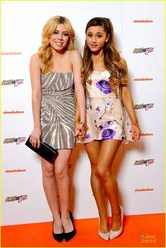 Jennette McCurdy & Ariana Grande at 'Sam & Cat' Premiere!