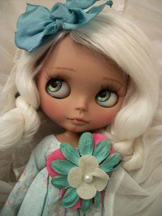 innocent eyes :))