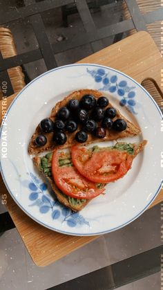 Almond butter & blueberries // avocado & tomato Vegan Dishes, Almond Butter, Caprese Salad, Blueberries, Avocado, Toast, Photo And Video, Instagram, Food