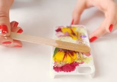 How to make a phone case with resin and pressed flowers. This would be great with other mediums as well!!