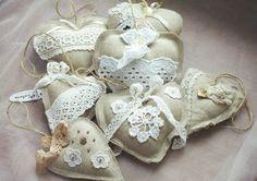 Подвески ручной работы. Ярмарка Мастеров - ручная работа Текстильные сердца-подвески в винтажном стиле. Handmade.