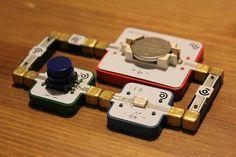 LightUp Electronics Construction Kit: LEGOtronics - http://geekstumbles.com/lightup-electronics-construction-kit-legotronics/