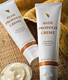 Aloe Propolis Creme è una crema che nasce dall'esperienza di Forever Living Products, un'azienda leader mondiale nella produzione di Aloe Vera e dalle proprietà dei prodotti delle api.