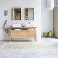 Waschbeckenunterschrank aus Eiche 140 Pola Oak Vanity Unit, Bathroom Vanity Units, Vanity Cabinet, Teak Bathroom, Bathroom Furniture, Bathroom Interior, Solid Oak Sideboard, Bathroom Wall Shelves, Selling Furniture