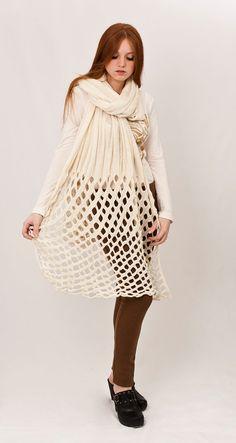 White must-have! Autumn scarf Cutout fashion $120.00