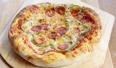 Πίτσα με πεπερόνι