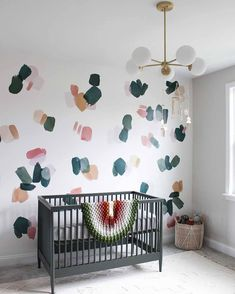 A day of fun with your favorite paint colors could turn into a super cute accent wall 😍 (📷 submitted by Link in bio for…