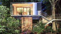 licht berlin baumhaushotel natur Magisches Baumhaus