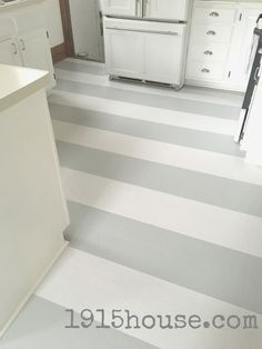 How to Paint Old Linoleum Kitchen Floors via Sarah Sanders #MerryMonday #homeimprovement