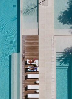 Luxe: poolside dreams - The Beach People