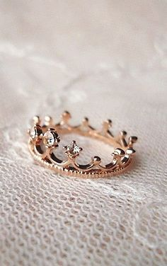 crown ring to remind her that she is the daughter of the one true King!