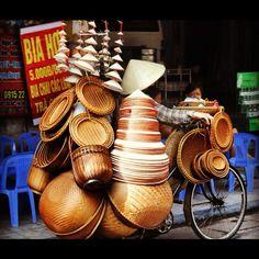 Hat vendor - Vietnam Bangkok Travel, Vietnam Travel, Bangkok Trip, Working People, World Of Color, Going Home, Don't Give Up, Bike, Transportation