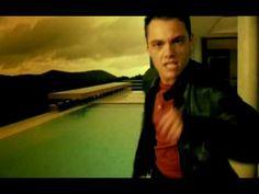 ▶ Tiziano Ferro - Rosso Relativo (International Version) - YouTube