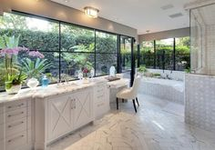 It also has an extremely lovely master bathroom.