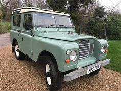Land Rover series 3 1982 genuine station wagon very original galvanised chassis Classic Trucks, Classic Cars, Station Wagons For Sale, Land Rover Off Road, Land Rover Series 3, Honda Civic Si, Mitsubishi Lancer Evolution, Nissan 350z, Cars