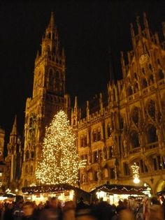 Oh how I wish I could be back in Germany at Christmas time!