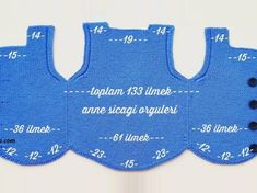 Schwarze Kragenpferde Weste Modell 2 – Çiğdem Karakaş – Join in the world of pin Baby Knitting Patterns, Knitting Designs, Free Knitting, Crochet For Kids, Crochet Baby, Knit Crochet, Baby Vest, Baby Cardigan, Bebe Baby