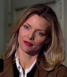 Michelle Pfeiffer as Laura Alden in the movie Wolf.