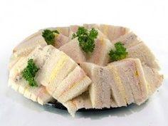 Trio de sandwich - Buffet froid - Voici une recette de Trio de sandwich. Trois recette savoureuse pour recevoir vos invités dans le temps des Fêtes.