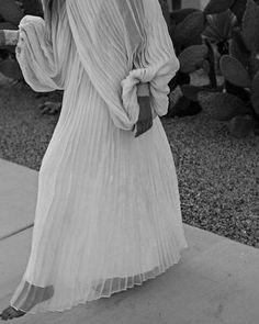 12 Stunning Statement Sleeve Wedding Dresses — SIXFOUR
