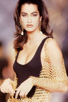 Yasmeen Ghauri, Chanel Fall 1990