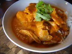 Indian Butter Chicken Indian Butter Chicken, Thai Red Curry, Favorite Recipes, Dinner, Ethnic Recipes, Food, Bread, Dining, Food Dinners