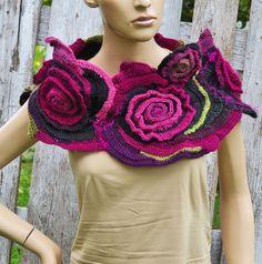 Crochet Scarf Freeform crochet Roses Button Womens scarf par Degra2