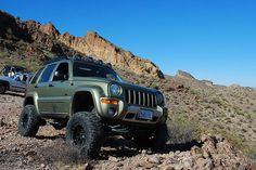 jeep liberty solid axle swap | Lifted SFA Jeep Liberty Renegade Solid Axle KJ offroad off road