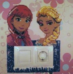 Anna and Elsa switch light cover - Frozen hama mini beads by Andres Moreno Rodriguez Hama Mini, Perler Beads, Frozen Hama, Pixel Art, Frozen Pattern, Square Drawing, Hama Disney, Bead Crafts, Diy Crafts