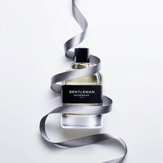 いいね!171件、コメント1件 ― Givenchy Beautyさん(@givenchybeauty)のInstagramアカウント: 「Be inspired to dare to care. The raw, elegant, and sensitive scent of GentleMan evokes the spirit…」