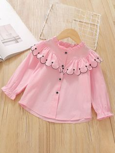 Stylish Dresses For Girls, Little Girl Outfits, Little Girl Dresses, Kids Outfits, Kids Frocks Design, Baby Frocks Designs, Baby Girl Fashion, Kids Fashion, Baby Girl Frock Design