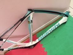 Top Tube Crack repair on Bianchi Oltre frame, we paint matched the repaired area and replaced the top tube decals across both sides of the top tube and final clear coat was added to protect the repaired area. Another repair project completed for the month of September 2016 at CarbonWork