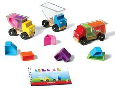 Trucky 3 van Smartgames is een leuk & leerzaam kinderspelletje met 3 vrachtwagens, 10 blokken en boekje met 48 opdrachten en oplossingen. Geschikt voor een kind van 3-8 jaar. #Trucky3 #kinderspelletje #spellen #speelgoed #smartgames
