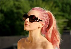 Katy Perry - peachy pink hair and love those glasses...   I wish i could pull this off