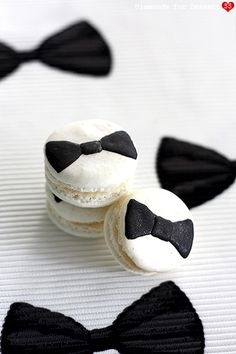 Bow Tie Macarons | Diamonds for Dessert