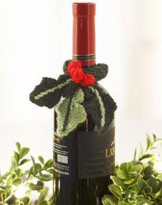 Holly Garden Wine Topper | FaveCrafts.com