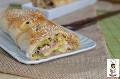 Rotolo di pasta sfoglia con zucchine e salumi