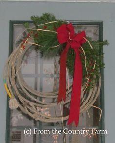 Country Christmas.  Horse barn wreath