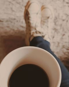Autumn Coffee, I Love Coffee, All Star, Good Morning, Coffee Cups, Converse, Pictures, Instagram, Rainy Days