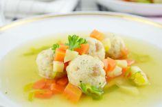 Köstliche und einfach #Bröselknöderl für die Suppe. Ein schnelles Rezept für eine tolle Suppeneinlage.