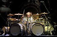 Alex Van Halen I Van Halen #drummers #vanhalen http://www.pinterest.com/TheHitman14/musician-drummers-%2B/